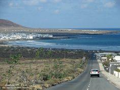 Caleta de Famara, Lanzarote, Las Islas Canarias (the Canary Islands), Spain