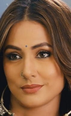 Heena😍😍😍🤩🤩 Beautiful Girl Indian, Beautiful Indian Actress, Most Beautiful Women, Girls With Nose Rings, Indian Face, Actress Anushka, Flawless Face, Indian Beauty Saree, Cute Faces