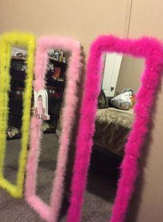 f : beasantosf1k Room Ideas Bedroom, Girls Bedroom, Bedroom Decor, Hot Pink Bedrooms, Bedroom Crafts, Wood Bedroom, Design Bedroom, Flower Mirror, Glam Room