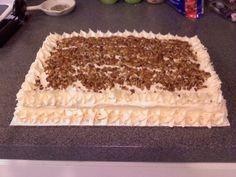 Butter pecan cake