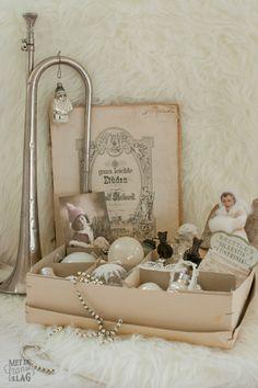 Brocante christmas ornaments / Kerstversiering - https://www.facebook.com/metdefranseslag