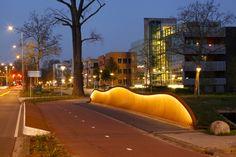 Bridge, Verlichting in handregel. Designed by Bureau Stoep