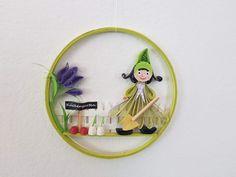 Quilling Gartenzwerge Preis 12 € Durchmesser 10,7 cm Quilling, Measuring Spoons, Random Stuff, Sculptures, Canvas, Garden Gnomes, Bedspreads, Quilting, Paper Quilling
