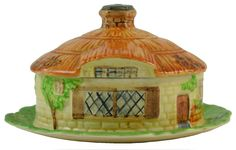 Hobbits Cotswold Cottage Butter Dish with Lid by Beswick