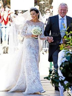 Princess Claire of Luxembourg on her wedding day, Saturday Famous Wedding Dresses, Royal Wedding Gowns, Celebrity Wedding Dresses, Royal Weddings, Celebrity Weddings, Wedding Bride, Bride Tiara, Royal Crowns, Royal Brides