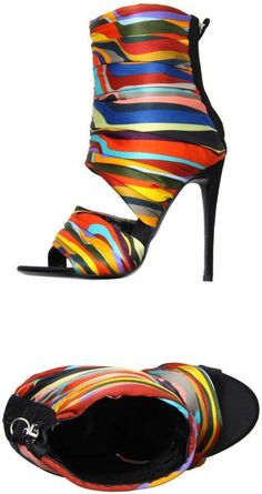 Giuseppe Zanotti colorful stripe station heels what ? Fab Shoes, Cute Shoes, Me Too Shoes, Giuseppe Zanotti, Bootie Boots, Shoe Boots, Louboutin, Kinds Of Shoes, Beautiful Shoes