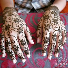 "798 Likes, 53 Comments - Henna Lounge ® (@hennalounge) on Instagram: ""An oldie, forgot how much I like simple allover pattern. #henna #mehndi #hennapro #sanfrancisco…"""