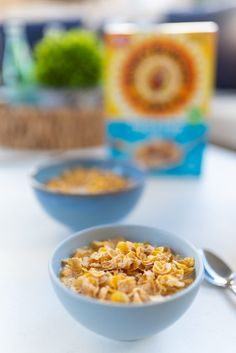 Breakfast With Honey Bunches of Oats® New Cereal, After School Snacks, Picky Eaters, Granola, Honey, Breakfast, Food, Fashion, Morning Coffee