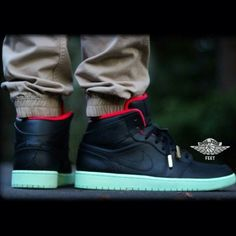 Air Jordan 1 'Yeezy' custom by Raleigh Restorations