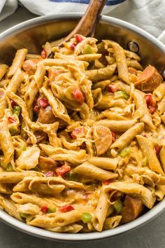 This smoky creamy skinny cajun chicken pasta is just as filling as it is tasty. Plus it comes in at less than 400 calories per serving! Cooking Chicken To Shred, Chicken Spices, Chicken Pasta Recipes, Easy Chicken Dinner Recipes, Cooked Chicken, Chicken Meals, Noodle Recipes, Rotisserie Chicken, Healthy Dinner Recipes