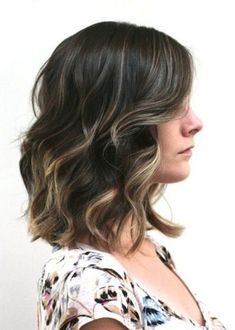 Reasons Women Go for Medium Hairstyles Pictures