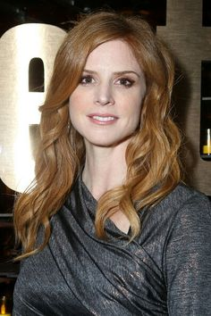 Sarah Rafferty Photos Photos: The 2011 Entertainment Weekly And Women In Film Pre-Emmy Party Sponsored By L'Oreal Frances O'connor, Sarah Rafferty, Front Row, Redheads, Celebs, Long Hair Styles, Beauty, Suits, Image