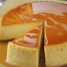 Creamy Caramel Flan Great dessert for your Cinco de Mayo feast. If you're unfamiliar with flan, think of it as a tasty variation on custard. One warning, though—it's very filling. A small slice of flan goes a long Just Desserts, Delicious Desserts, Yummy Food, Healthy Desserts, Caramel Flan, Creme Caramel, Caramel Custard Recipe, Custard Pudding, Pudding Recipe