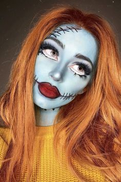Looking for for inspiration for your Halloween make-up? Browse around this site for creepy Halloween makeup looks. Disney Halloween Makeup, Clown Halloween, Disney Makeup, Halloween Makeup Looks, Pretty Halloween, Pocahontas Makeup, Women Halloween, Face Paint For Halloween, Halloween Stuff