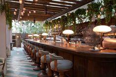 Exclusive Hotel Interior Design of Soho Beach House Miami Beach, Cecconi's Bar Soho Beach House Miami, Miami Beach, Deco Restaurant, Restaurant Design, Cancun Restaurant, Pool Bar, Art Deco Hotel, Florida Hotels, Miami Florida
