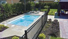Piscine creusée rectangulaire x Backyard Plan, Small Backyard Pools, Swimming Pools Backyard, Pool Landscaping, Backyard Patio, Small Backyards, Pond Tubs, Pool House Designs, Pool Fence