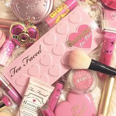36 Ideas Pretty Wallpaper Iphone Girly Pink For Girls For 2019 Makeup Backgrounds, Makeup Wallpapers, Cute Wallpapers, Aesthetic Makeup, Pink Aesthetic, Cute Makeup, Beauty Makeup, Makeup Set, Dress Makeup