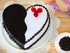 Make a specific order of 1 kg of heart-shaped chocolate truffle cake online on special festivals for your special people. Give this heart super tasty chocolate truffle cake and white chocolates gifts to your loved ones and make your celebration gorgeous. Elegant Birthday Cakes, Birthday Cakes For Men, Birthday Cake Prices, Happy Birthday Chocolate Cake, Birthday Cake Delivery, Anniversary Cake Designs, Wedding Anniversary Cakes, Chocolate Cake Designs, Chocolate Cobbler