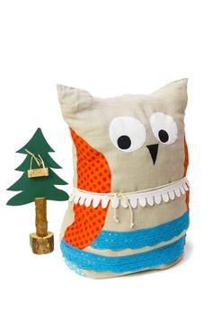 Kissen Eule // Owl pillow by BUCKO-PILLOW via DaWanda.com
