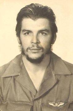 Comandante Ernesto Che Guevara - the Argentine-Cuban guerrilla fighter, revolutionary leader,. Che Guevara Quotes, Che Guevara Images, Che Guevara T Shirt, Robert Frank, Robert Doisneau, Martin Parr, Che Guevarra, Cuba, Pop Art Bilder