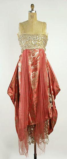 Evening dress Design House: Callot Soeurs  Date: 1915–16 Culture: French Medium: silk, metallic Accession Number: C.I.51.97.2a, b