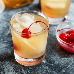 Maybe it's been awhile since you've had a Whiskey Sour cocktail; if so, it's time to revisit this classic drink, made only with the freshest ingredients. Whiskey Sour, Whiskey Drinks, Irish Whiskey, Mixed Drinks, Fun Drinks, Yummy Drinks, Alcoholic Drinks, Beverages, Cocktails