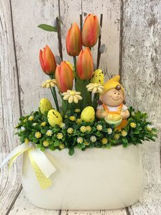 Pin by Katona Petra on Tavaszi dekoràciò Easter Flower Arrangements, Easter Flowers, Diy Flowers, Floral Arrangements, Cute Easter Pictures, Diy Crafts For Adults, Easter 2014, Easter Wreaths, Spring Crafts