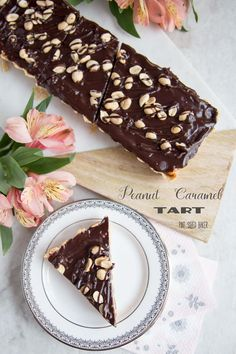 What's not to love about chocolate, caramel and peanuts? I loved this Peanut…