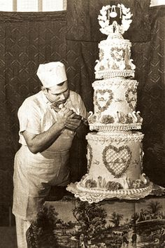 1000+ images about History of Cake Decorating on Pinterest ...