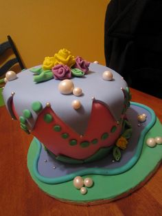 Whimsical Wonky Cake Class by Cakes That Make You Go Mmm, via Flickr