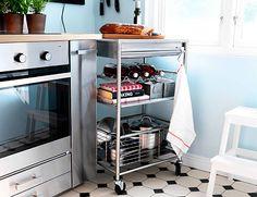 Carrito en una cocina pequeña