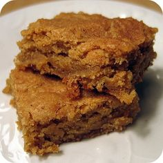 Snickerdoodle Blondies.  Ummm...I don't know why Snickerdoodles are so good.  It's just cinnamon.  But I loooove them!