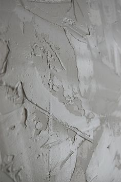 Drywall Using Joint Compound for a Stucco Wall Finish - Detailed Tutorial ~ Tip.have mud tinted to wall color Faux Walls, Stucco Walls, Stucco Interior Walls, Wood Walls, Interior Paint, Drywall Texture, How To Texture Walls, Ceiling Texture, Stucco Texture