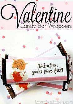 In a bind this Valentine's Day and need a last minute gift? These printable candy bar wrappers are perfect and so adorable!