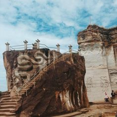 JAVA TOURISM TRAVEL – Pengalaman liburan tak terlupakan Yogyakarta, Java, Monument Valley, Mount Rushmore, Tourism, Traveling, Mountains, World, Nature