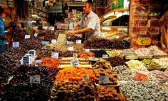 To feel yourself like a local in Istanbul - easy! Take a local friend and move to discover secret Istanbul. Istanbul Tours, Grand Bazaar Istanbul, Istanbul Turkey, Visit Istanbul, Daughter Of Smoke And Bone, Turkish Delight, Silk Road, Day Tours, Herbalism