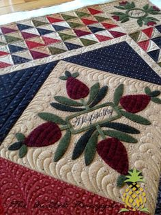 THE QUILTED PINEAPPLE: Words To Live By Quilt and @Angela N Derek Russell Gatherings Quilt Shop @ModaFabrics
