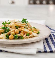 pea & chickpea pasta salad