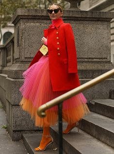 Blair Eadie wearing a neon pink and orange tulle skirt with colored tights and a J.Crew coat // Click through for more holiday dressing ideas and fall fashion on Atlantic-Pacific Fall Fashion Trends, Autumn Fashion, Barbie Mode, High Fashion, Womens Fashion, Lolita Fashion, Emo Fashion, Gypsy Fashion, Summer Fashion Outfits