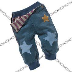 Babymode - Ausgefallene Baby Jeans mit rockigen Nieten und Sternen