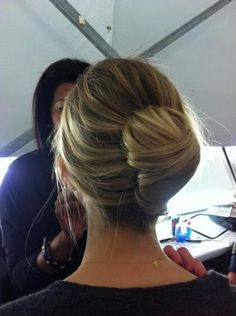 cool and easy updo
