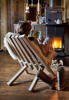 Fieldchair, designed by Weltevree - After a long day, settle down and enjoy the sunset or a warm, crackling fire. The Fieldchair is perfect for this daily ritual. The wooden chair is inspired by a clever, well-known farmers construction and offers a comfortable seat in the grass or by the stove.