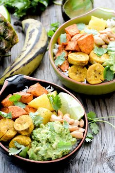 Lunch Recipe: Tropical Rice Bowls #vegan #healthy #recipes #plantbased #whatveganseat #glutenfree #lunch