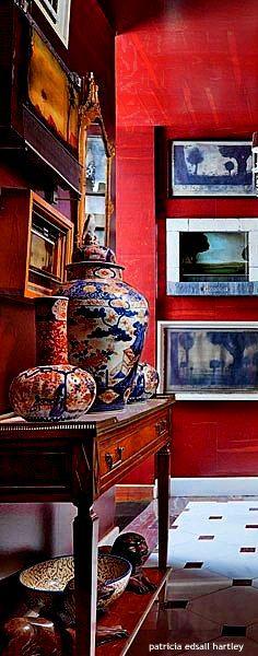Wall art, red interior / Ruth Burts interiors