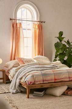 19 notboring bed frames inspiring us RN Bed frames Minimal and