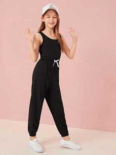 Preteen Girls Fashion, Teenage Girl Outfits, Girls Fashion Clothes, Kids Outfits Girls, Teen Fashion Outfits, Girl Fashion, Cute Lazy Outfits, Stylish Outfits, Pretty Outfits