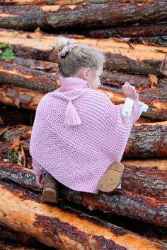 IMG_4741 Velvet Acorn, Knitted Hats, Crochet Hats, Crochet For Kids, Baby Kids, Winter Hats, Crochet Patterns, Diy Crafts, Knitting