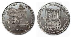 La Moneda Centenaria de la Universidad de Carabobo. Uno de los Símbolos de la Universidad http://www.monedasdevenezuela.net/articulos/la-moneda-centenaria-de-la-universidad-de-carabobo-1992/ …