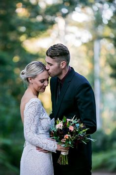 Marry Me Mudgee ! Marry Me Mudgee is a gorgeous bridal magazine showcasing the very best of weddings local to the Mudgee area. You can find Marry Me Mudgee by. Marry Me, Groomsmen, Bridal, Couple Photos, Wedding Dresses, Pictures, Couple Shots, Bride Dresses, Photos