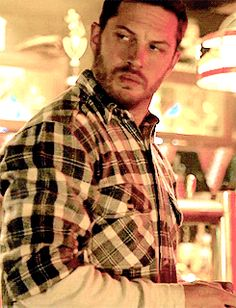 Tom Hardy The Drop gif. Ooo, sexy mad face
